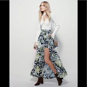 Free People Young Thing Mini Maxi Skirt Size Small